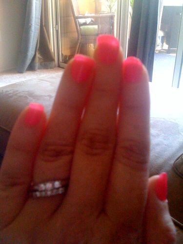 Nails-cream pink